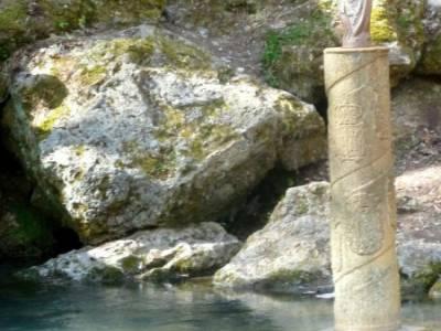 Cañones Ebro, Alto Campoo, Brañosera,Valderredible; guia senderismo;nacimiento de rio cuervo